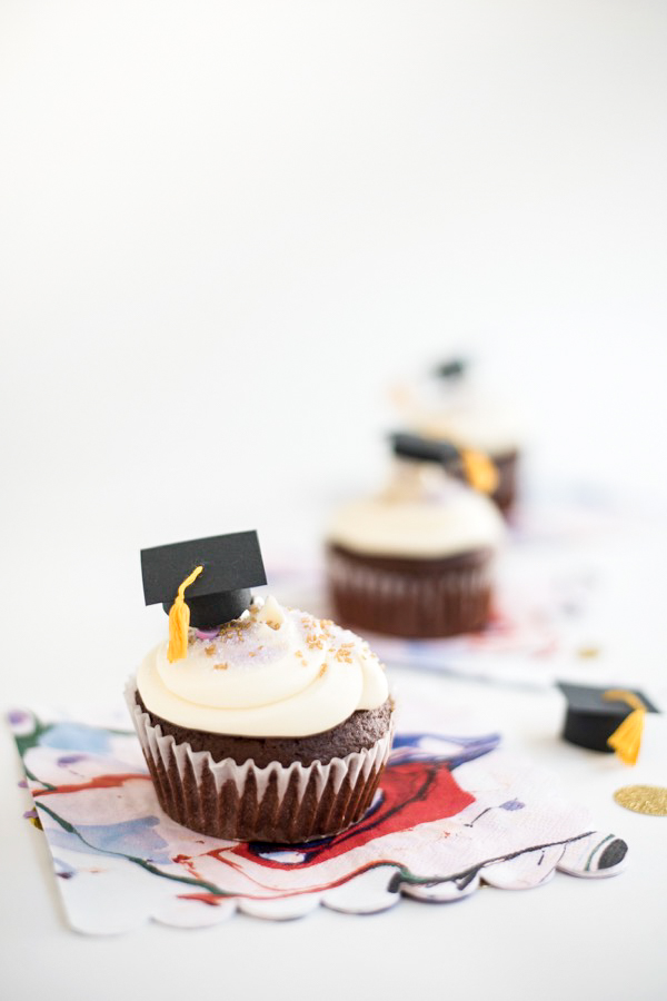 Mini Graduation Caps Cupcake Toppers DIY | Oh Happy Day!