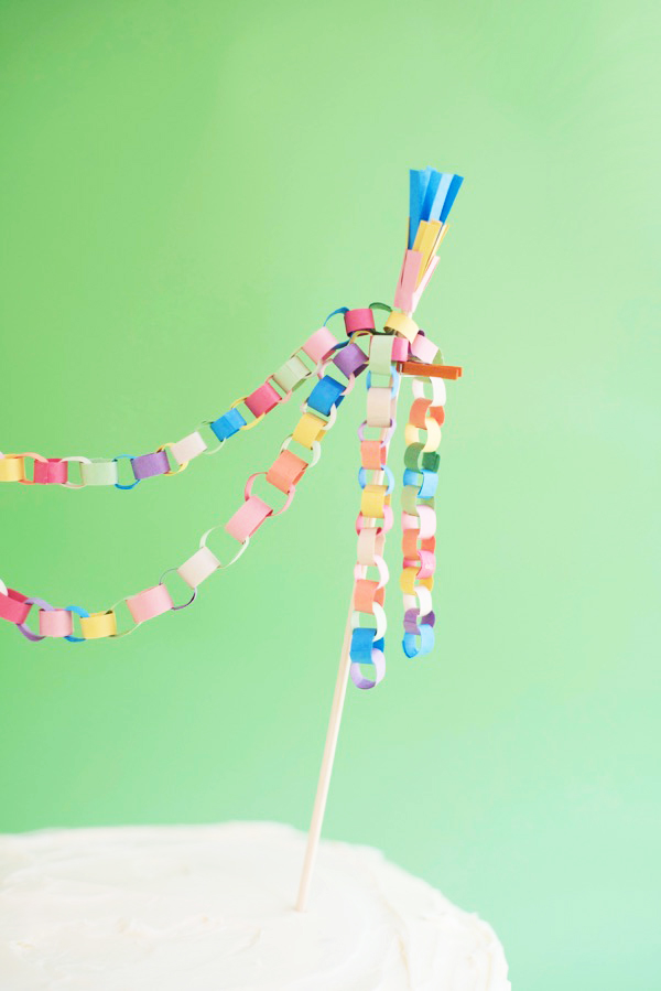 Mini Paper Chain Cake Topper DIY | Oh Happy Day!