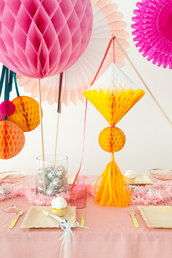 Honeycomb Centerpiece | Oh Happy Day!