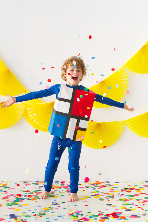 Paper Bag Costume (Part 2) | Oh Happy Day!