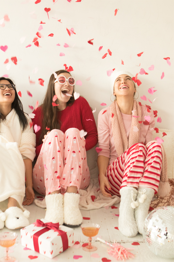 A Christmas Pajama Party | Oh Happy Day!
