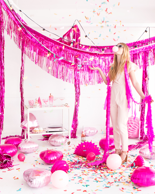 The Ultimate Guide On How To Hang Party Decor