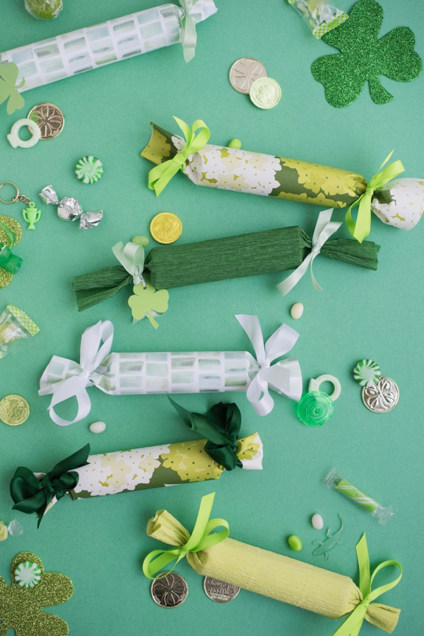 St. Patrick's Day Surprise Crackers DIY | Oh Happy Day!