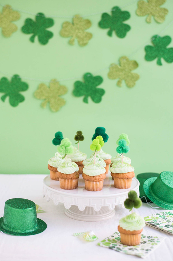 Pom Pom Shamrock Cupcake Toppers DIY | Oh Happy Day!