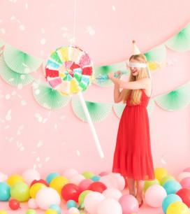 Pinata-Makeover-Lollipop-Web-0003