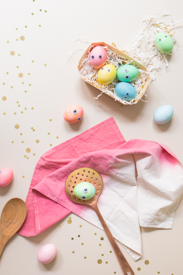 Googly Eye Easter Eggs | Oh Happy Day!