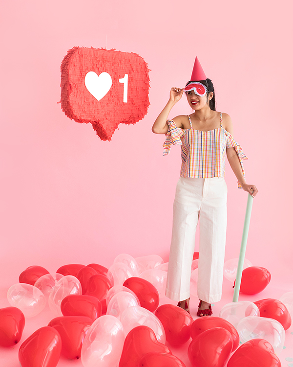 """Like"" Button Pinata 