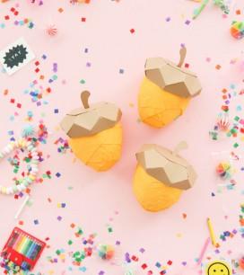 Acorn-surprise-ball-WEB-(5-of-5)