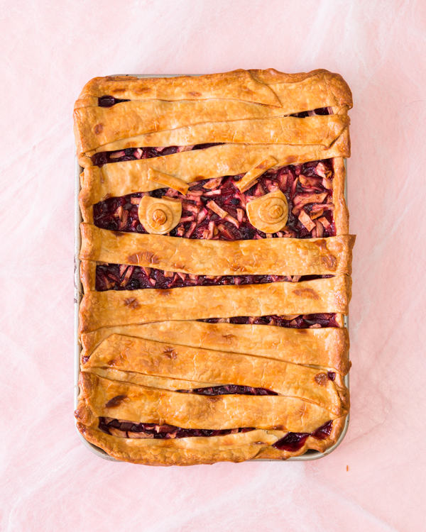 Piece of Cake: Mummy Slab Pie | Oh Happy Day!