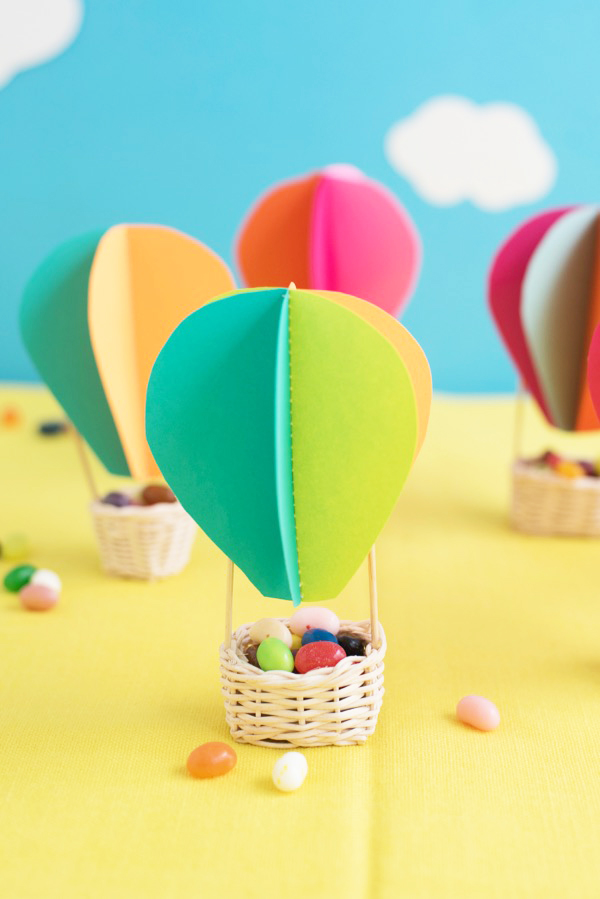 Hot Air Balloon Favors DIY | Oh Happy Day!