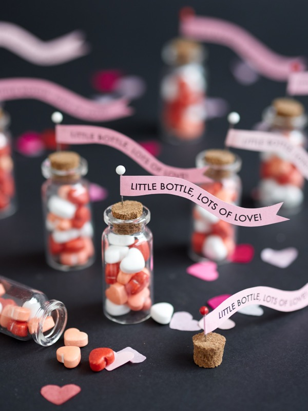 Mini Bottles Valentine Treats DIY | Oh Happy Day!