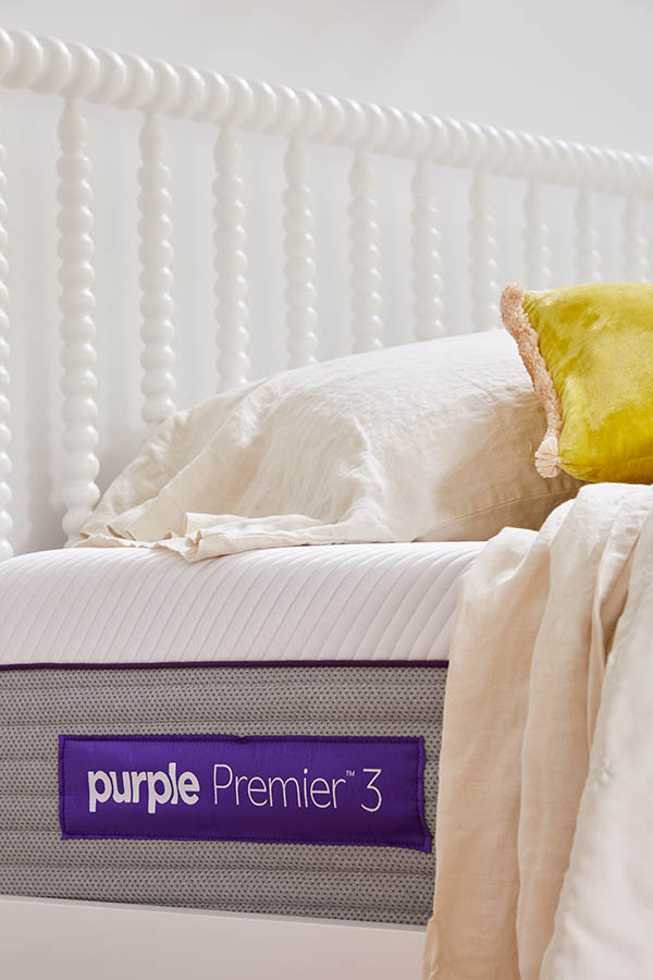 7 Tips for Putting Together a Guest Room | Oh Happy Day